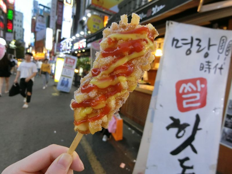 韓国釜山で話題のコグマタッカルビとハットグ(韓国式チーズホットドッグ)のアイキャッチ画像