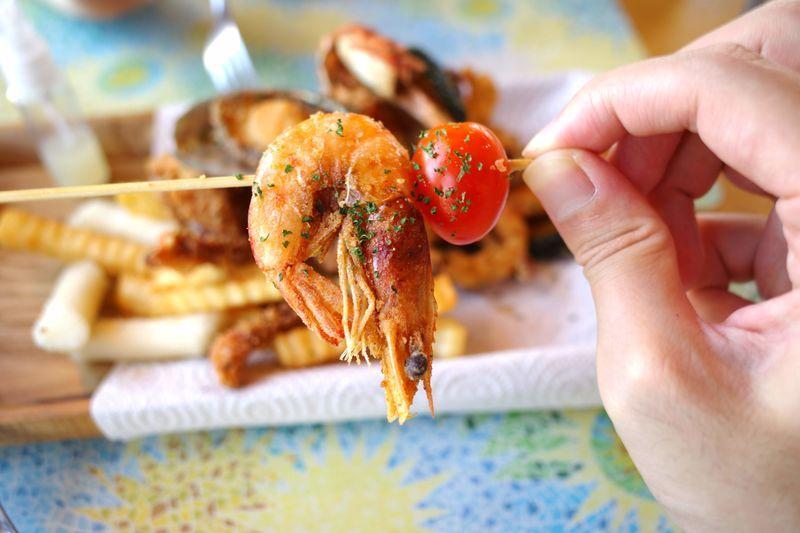 「済州島で海鮮フリットが食べられるお店【チェジュ フリット(JEJU FRITO)】」のアイキャッチ画像