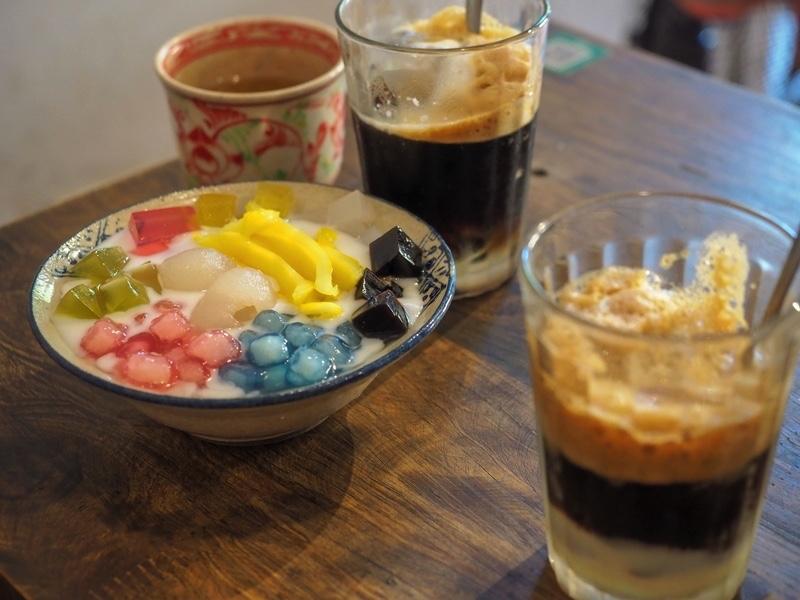 「ハノイのチェーは温かい?レトロな雰囲気のカフェでローカルスイーツに舌鼓【LUTULATA(ルトゥラタ)】」のアイキャッチ画像